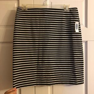 Old Navy Striped Skirt Size L NWT